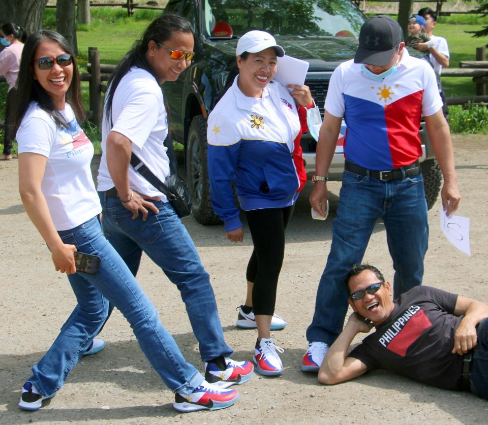 filipino2.jpg