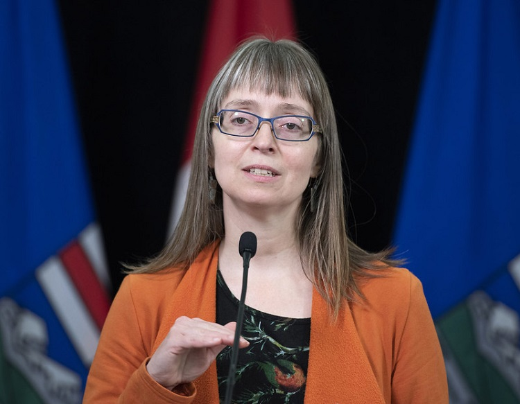 Alberta extends interval between first and second COVID-19 vaccine
